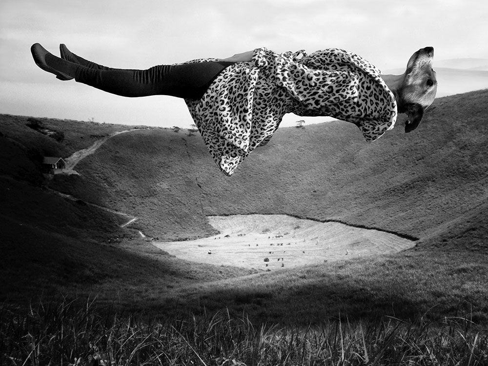 Julia Murakami, Exercises in Levitation, 2015 (series) Diasec, 60 x 80 cm, Edition of 5 (+ 2 AP), signed and dated on the reverse