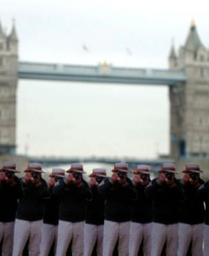 London, Great Britian | Japanese Guerilla Paparazzi World Tour