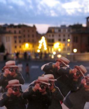 Scalinata di Trinità dei Monti, Piazza di Spagna in Rome | Japanese Guerilla Paparazzi World Tour